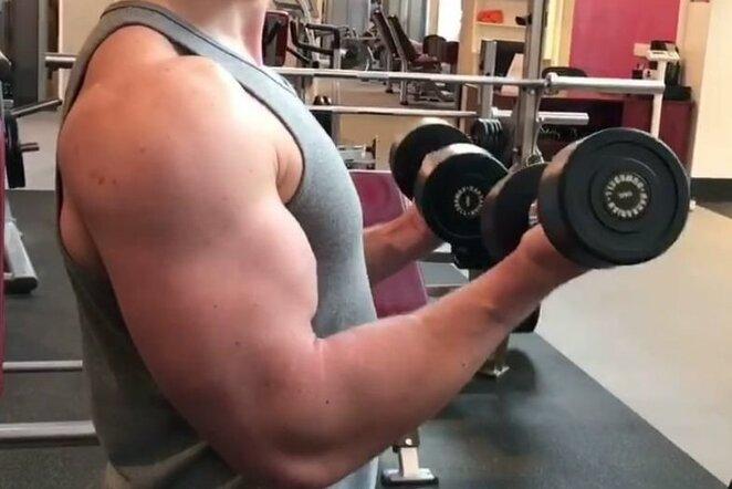 Lenkimas bicepsui | Organizatorių nuotr.