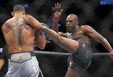 Penkis raundus turėjęs atidirbti J.Jonesas skirtingu teisėjų sprendimu apgynė UFC čempiono titulą