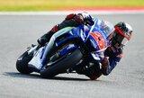 """M.Vinalesas iškovojo """"pole"""" poziciją, V.Rossi viltys dužo dėl kojos lūžio"""