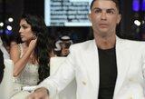 G.Rodriguez publikavo dvi nuotraukas, kurios gali byloti apie C.Ronaldo pokyčius gyvenime