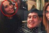 Gražuolė Rusijos žurnalistė teigia, kad D.Maradona prie jos priekabiavo ir už seksą siūlė 500 dolerių