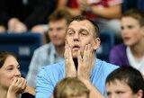 Buvęs Rusijos krepšininkas apie: įkaušusio G.Einikio nuotykius, A.Sabonio barą ir perpjautą užpakalį