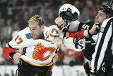 Infektologo verdiktas: NHL reikės atsisakyti muštynių, susistumdymų ir spjaudymo