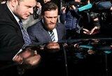 C.McGregoras pasirodė teisme, bet bylos svarstymas buvo atidėtas
