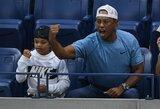 Sūnus seka tėvo pėdomis: 11-metis Ch.Woodsas golfo lauke sutriuškino varžovus