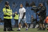 """C.Tevezui grįžti į """"Manchester City"""" patarė D.Maradona"""