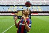 """""""Barcelonos"""" naujoko pristatymas """"Camp Nou"""": ne viskas vyko pagal planą"""
