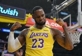 """30-oji """"Lakers"""" pergalė: L.Jameso dominavimas ir A.Daviso trauma"""