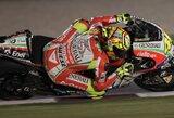 """V.Rossi: """"Negaliu lenktyniauti šiuo """"Ducati"""""""