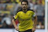 """Futbolo gandai: M.Hummelsas ketina palikti Dortmundą, """"Barcelona"""" kovos dėl bosnių žvaigždės"""