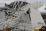 Tragedija Brazilijoje – ant Pasaulio čempionato stadiono užvirtęs kranas nužudė tris žmones