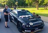 """""""300 Lakes Rally"""" prasideda: lenktyniniai automobiliai išsirikiavo Zarasų gatvėse"""