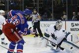 """""""Sharks"""" patyrė pirmą nesėkmę naujame NHL sezone"""