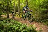 Lietuvos dviratininkai savo Dakaro ieškos Šveicarijos Alpėse