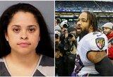 """NFL žaidėjo žmona aptiko savo vyrą nuogą su kita mergina ir išsitraukė ginklą: """"Čia jums, kekšės"""""""