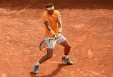 R.Nadalis Barselonoje pateko į finalą ir susitiks su 19-mečiu teniso talentu
