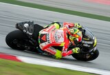 """""""Ducati"""" lenktynininkai: """"Komandai dar reikia šiek tiek laiko"""""""