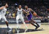 """L.Jamesas atliko trigubą dublį, """"Lakers"""" laimėjo penktą kartą iš eilės"""