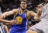 """A.Bogutas dėl nugaros skausmo pasitraukė iš kovos su """"Lakers"""" jau mačo pradžioje"""