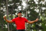"""Golfo legenda grįžo į elitą: T.Woodsas po 14 metų pertraukos laimėjo """"Masters"""" turnyrą"""