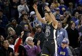 """41 tašką surinkęs S.Curry ištempė """"Warriors"""" į pergalę"""