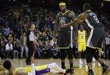 """""""Warriors"""" aistringose rungtynėse įveikė """"Lakers"""" be L.Jameso"""