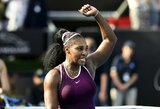 S.Williams pusfinalyje triuškino 18-metę varžovę, C.Wozniacki pasirodymas baigėsi