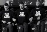 """J.Valančiūnas, kartu su """"Grizzlies"""" ir """"Trail Blazers"""" krepšininkais bei treneriais, išreiškė palaikymą """"Black Lives Matter"""" judėjimui"""