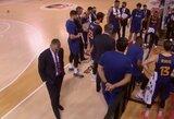 """Vietoje muštro –tyla: per minutės pertraukėlę nei žodžio netaręs Š.Jasikevičius pabudino auklėtinius, bet """"Barcelona"""" ir vėl pralaimėjo"""
