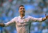 """Oficialu: C.Ronaldo sutinka pratęsti sutartį su """"Real"""" klubu"""