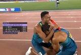 Sensacija: JAV sprinterių rinktinė su J.Gatlinu susimovė perduodami lazdelę, auksą iškovojo brazilai