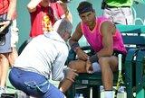 R.Federerio ir R.Nadalio akistata neįvyko – šveicaras be kovos žengė į finalą (papildyta)
