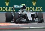 N.Rosbergas laimėjo Rusijos GP kvalifikaciją, L.Hamiltono bolidas sugedo lemiamu momentu