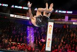 Pamatykite: akrobatiniu judesiu kovą pradėjęs M.Žaromskis pribaigė baltarusį ir atliko salto