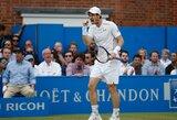 Iš sudėtingos situacijos išsigelbėjęs A.Murray'us laimėjo turnyrą Londone