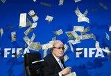 Įtakinga draugija: V.Putinas pakvietė susitepusį S.Blatterį kartu stebėti dvi pasaulio čempionato rungtynes