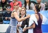 """Kinijoje traumą patyrusi M.Šarapova rizikuoja praleisti pirmąjį metų """"Didžiojo kirčio"""" turnyrą"""