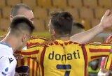 """Pamatykite: """"Lazio"""" gynėjas įkando varžovui į ranką ir užsidirbo raudoną kortelę"""