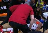 Sukrėsti net Valensijos fanai: Ch.Krameris patyrė kraupią traumą
