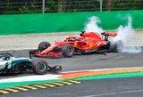 S.Vettelis dėl avarijos pirmajame rate apkaltino L.Hamiltoną, britas tikina palikęs varžovui užtektinai vietos