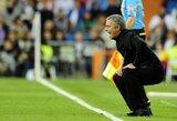 """Anot R.Abramovičiaus draugo, J.Mourinho į """"Chelsea"""" viliojamas nebus"""