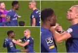 Keistas incidentas Portugalijoje: Pepe susistumdė su komandos draugu