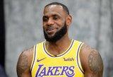 """NBA žiniasklaidos dienoje: geros nuotaikos nestokoję """"Lakers"""" krepšininkai ir didžiulis dėmesys L.Jamesui"""