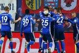 """Vokietijoje – pasakiškas Naldo baudos smūgis ir """"Schalke 04"""" pergalė Rūro """"derbyje"""""""
