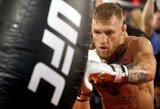 """MMA ekspertas: """"Pralaimėjimas užbaigtų C.McGregoro karjerą"""""""