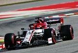 R.Kubica nustebino greičiu Barselonoje, S.Vettelis ir M.Verstappenas apsisuko trasoje