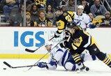 """J.Malkinas sužaidė 700-ąsias karjeros NHL rungtynes, o """"Penguins"""" įveikė """"Lightning"""""""