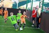 Mokslo ir žinių dieną Kaune vaikai džiaugėsi nauja futbolo aikštele
