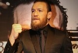 Absoliučios svorio kategorijos UFC reitinge C.McGregoras aplenkė T.Fergusoną