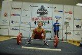 E.Valčiukas pasaulio jaunių jėgos trikovės čempionate pagerino du planetos rekordus